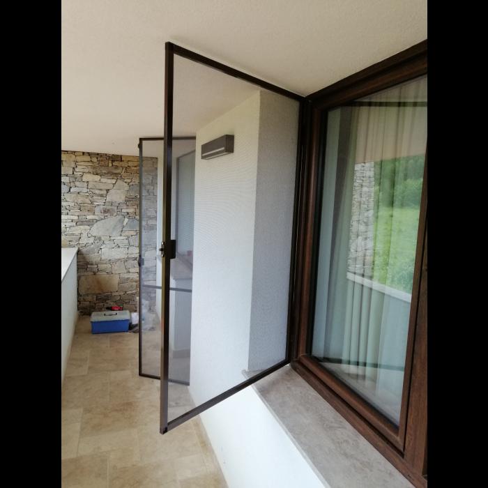 Комарник за прозорци Home Maister кафяв 170х80см