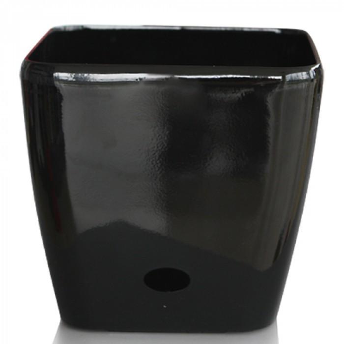 Квадратна черна саксия с напоителна система