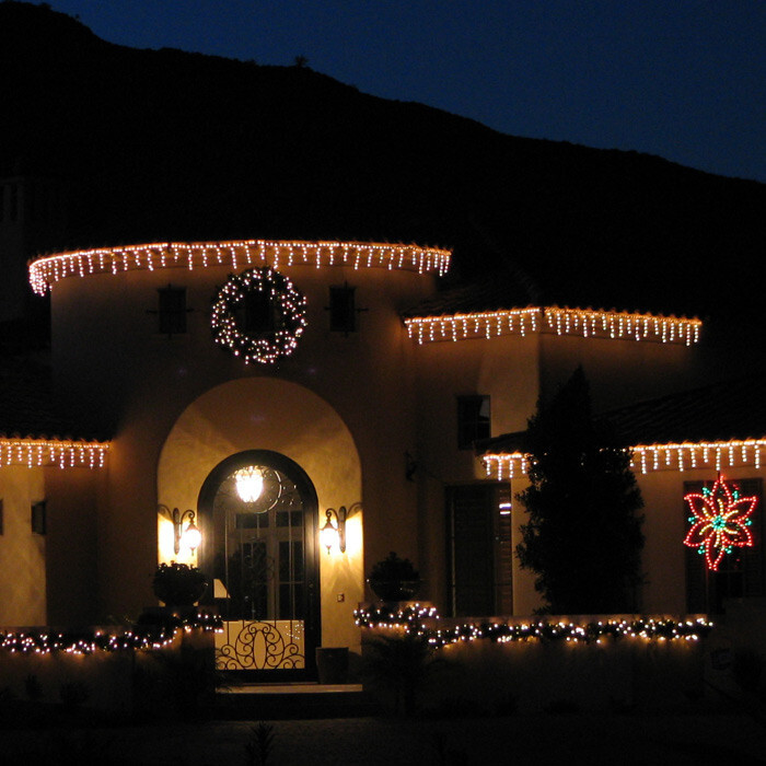 Гирлянди за външна декорация бяла LED 30 броя висулки 4/0.9м