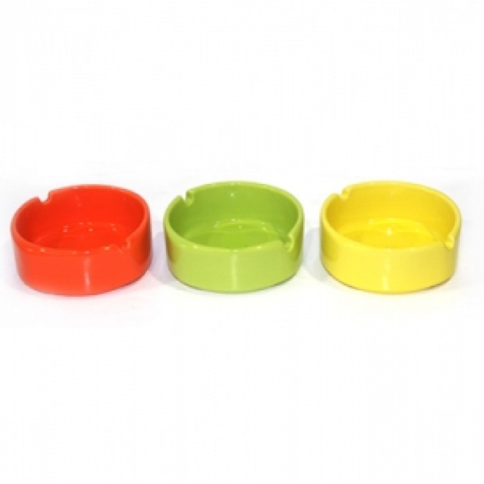 Керамичен кръгъл пепелник зелен